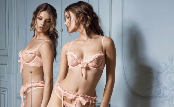Victorias-Secret-Designer-Collection-Barbara-Palvin